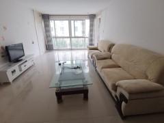 燕京花园东区 三楼3室2厅1卫1300元/月132m²出租