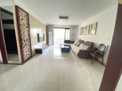 (千泉街道)雍景苑3室2厅2卫150万143m²出售